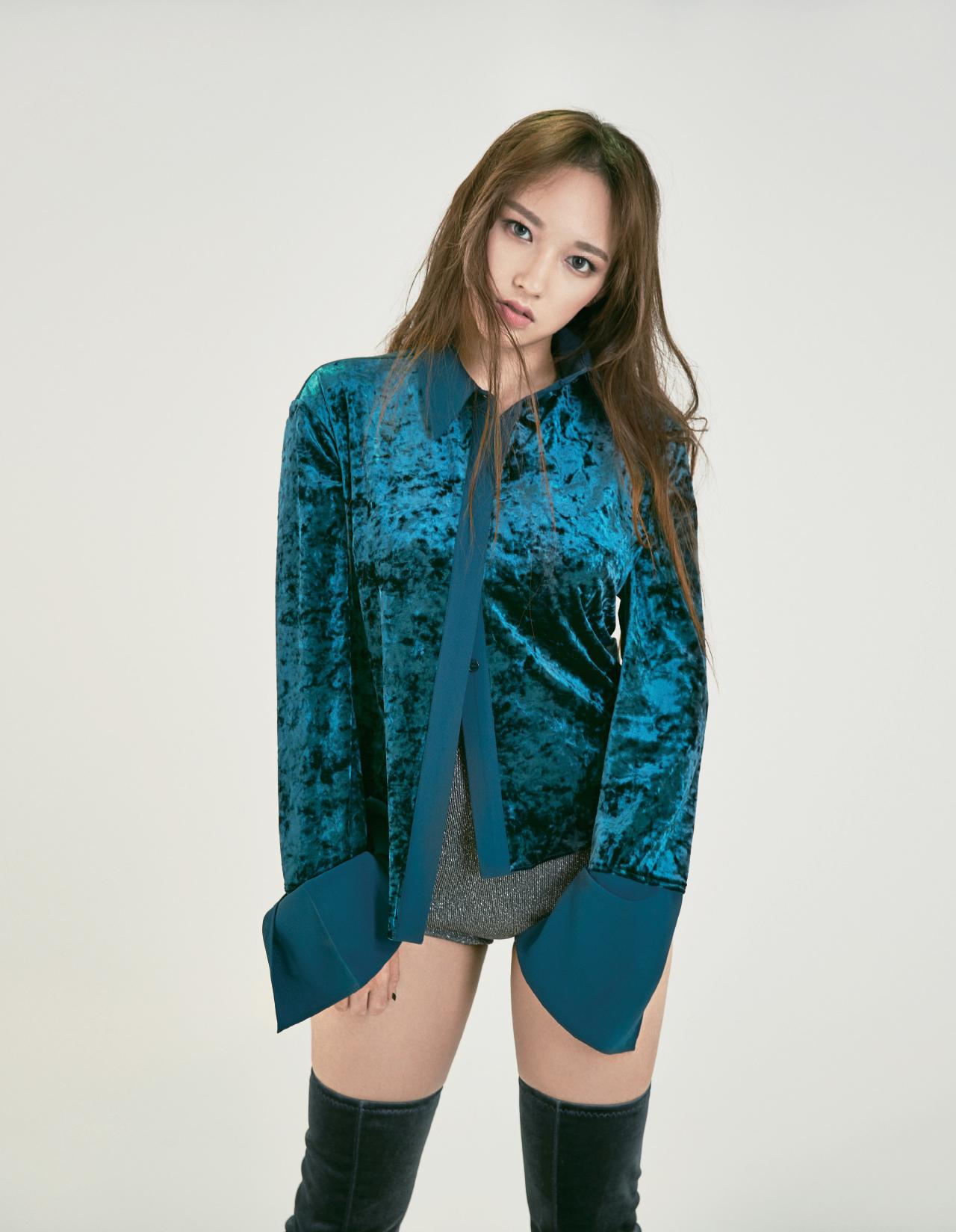 맑고 밝고 더 알고 싶은 그녀, 성소 - 에스콰이어 코리아 Esquire Korea 2016년 12월호