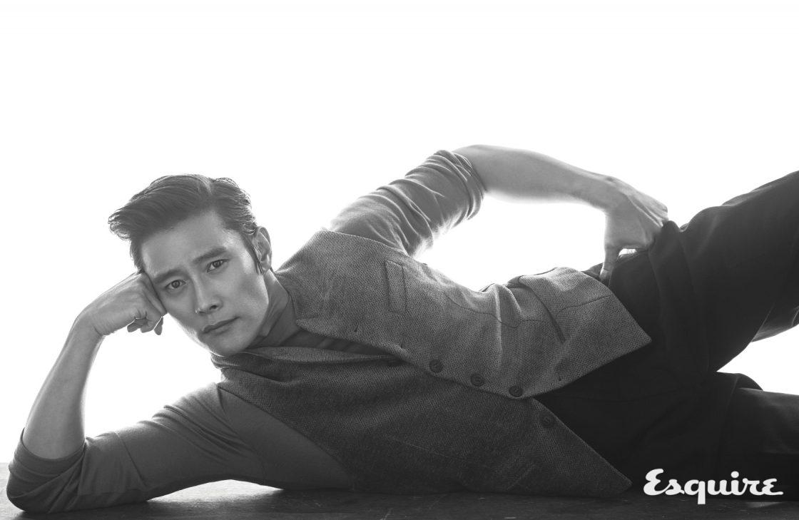 이병헌, 스스로를 던지듯 - 에스콰이어 Esquire Korea 2017년 1월호