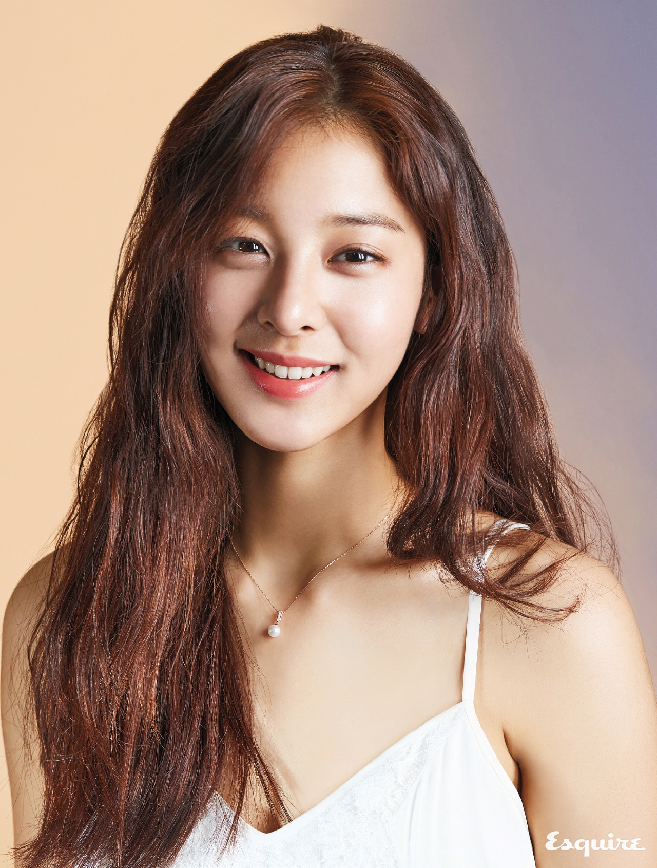 2017'S RAISING STAR - 에스콰이어 Esquire Korea 2017년 2월호