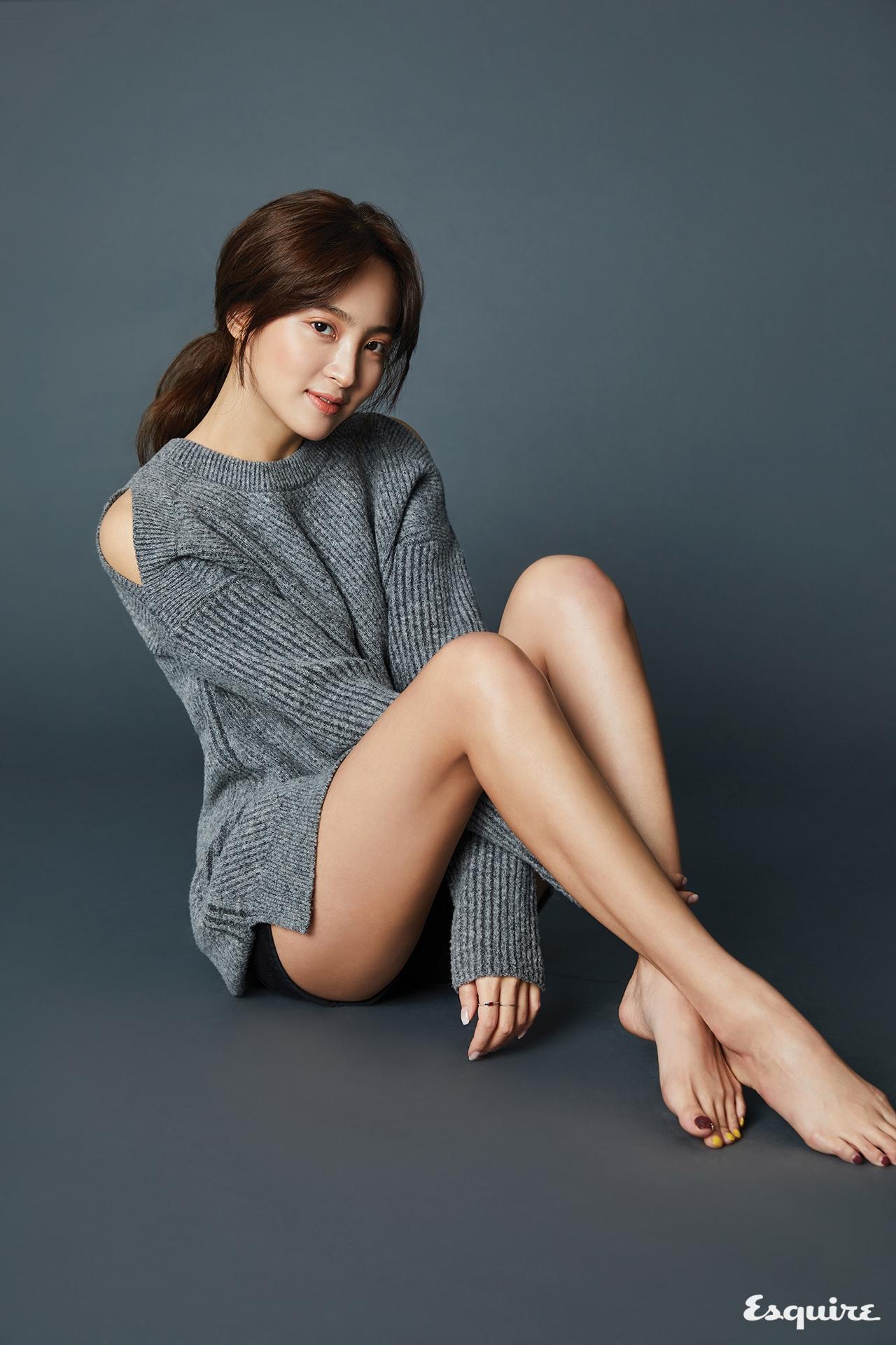 정혜성 - 에스콰이어 코리아 2017년 3월호