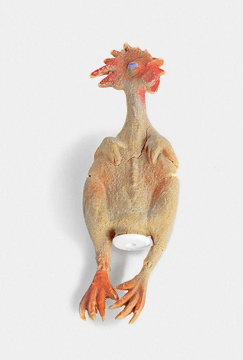 폴 스미스가 처음 일본에 진출할 때 유용했던 유명한 고무 닭 인형.