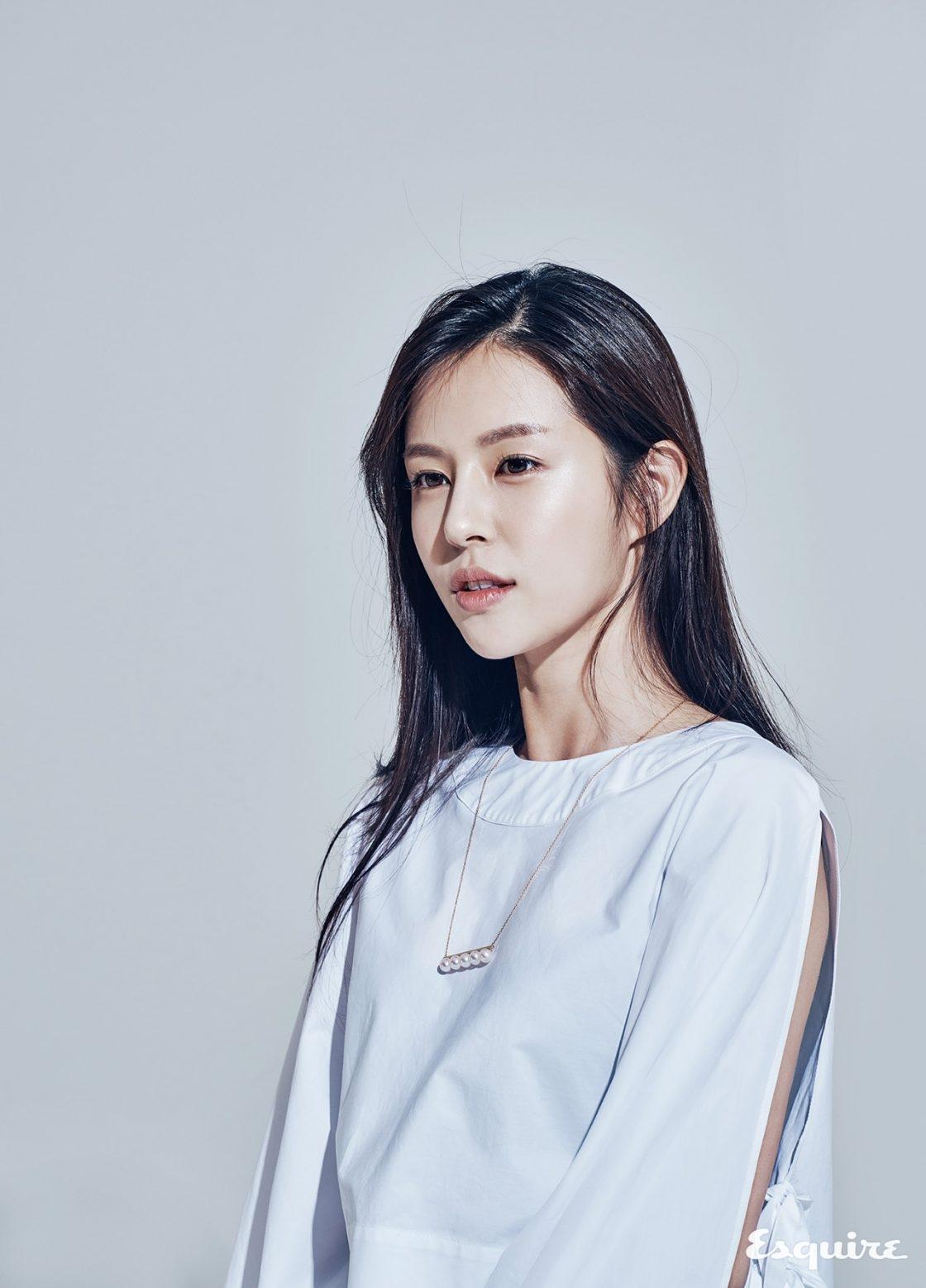 조수애 JTBC 아나운서 - 에스콰이어 코리아