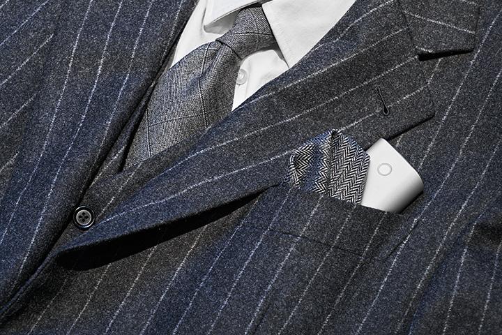 패션 소품으로도 활용이 가능한 히팅 디바이스 글로(glo)