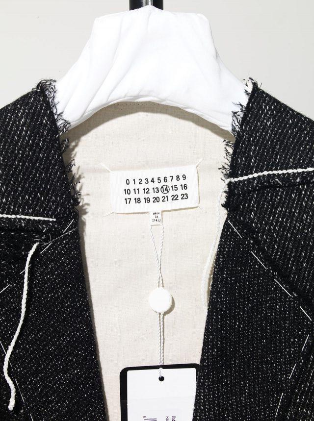 마르지엘라는 라인업을 구분하는 방식도 다르다. 남자 옷은 10번과 14번. 14번은 상대적으로 유행을 덜 타는 옷을 말한다.