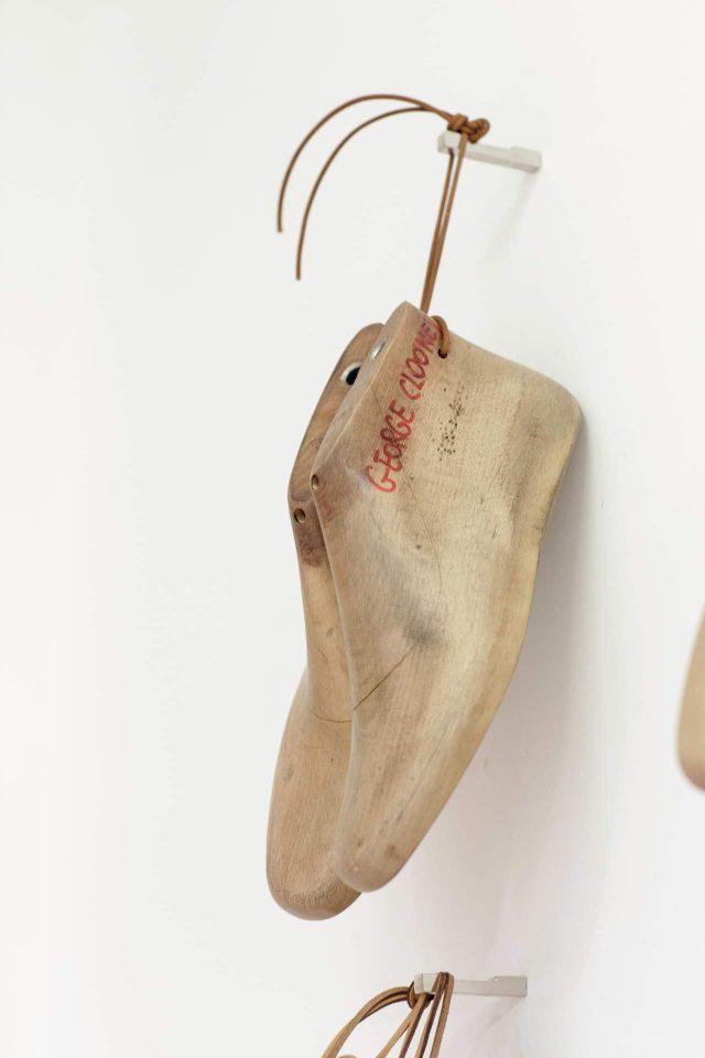 신발을 위한 구두 골.