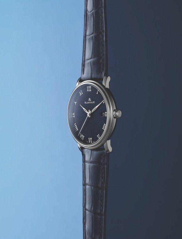 빌레레 울트라 슬림케이스 지름 38mm, 시·분·초·날짜 표시, 화이트 골드 케이스, 앨리게이터 스트랩, 2045만원.