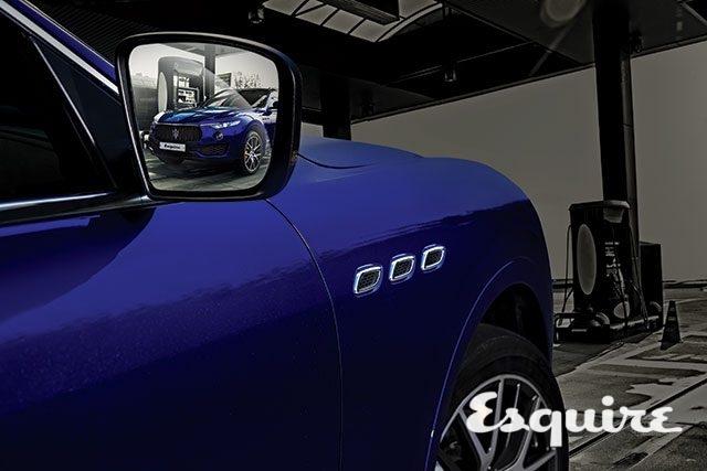 MASERATI LEVANTE S Q4엔진 2979cc V6 트윈 터보 / 최고 출력 430마력 / 최대 토크 59.2kg·m / 0→시속 100km 가속 5.2초 / 복합 연비 6.4km/L / 기본 가격 1억5770만~1억6590만원