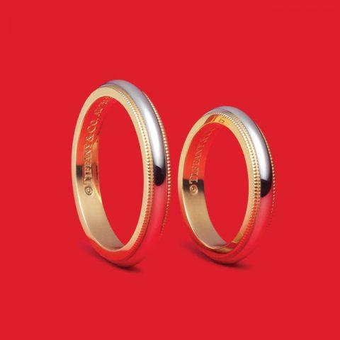 티파니 클래식™ 밀그레인 웨딩 링 플래티넘, 옐로 골드 각각 170만원대 티파니.