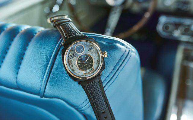 라이프스타일 분야로 확장해나갈 목적으로 자동차 회사들이 스스로 기획해서 만들어내는 시계도 많다. 사진은 포드 머스탱을 모티브로 한 손목시계.