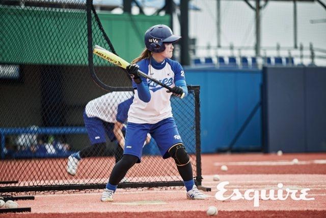 """26 박지영 / 내야수, 1987년생""""못 잡는 공을 다이빙해서 잡고 1루로 던져 타자를 아웃시켰을 때가 제일 짜릿해요 .보여주고 싶은 경기는 끝내기! 야구하면서 끝내기 한 번은 해봐야죠."""""""