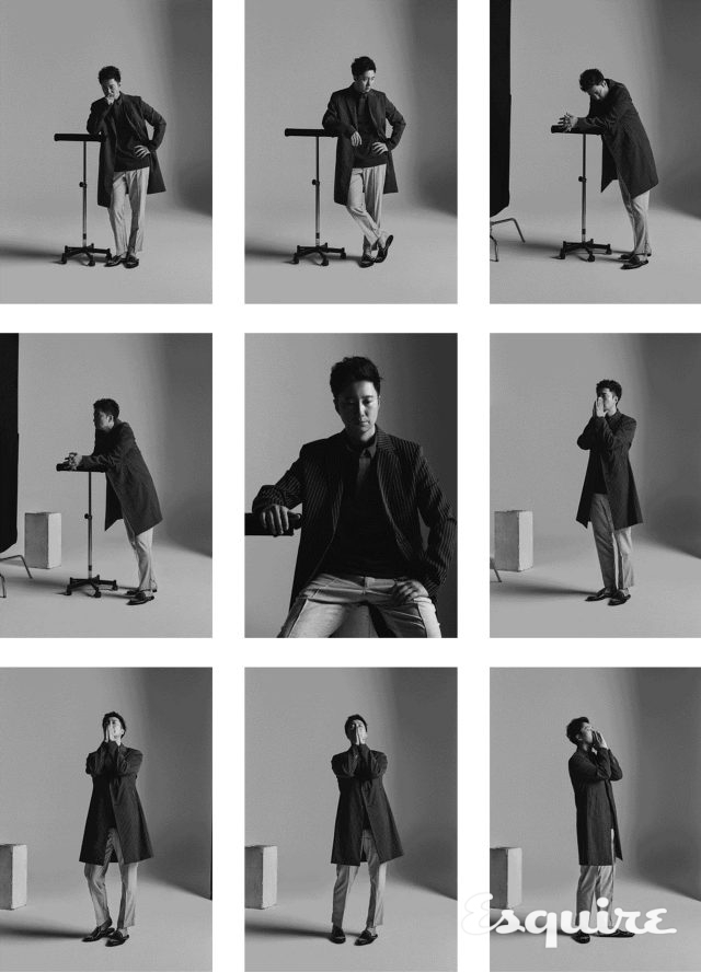 스트라이프 코트 본. 셔츠 코모도. 바지 YMC. 신발 파르팔라 by 유니페어.