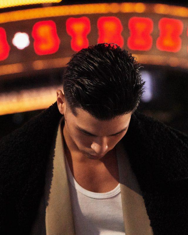 코트 가격 미정 오디너리 피플. 재킷 189만원 김서룡. 이너 톱 에디터 소장품.