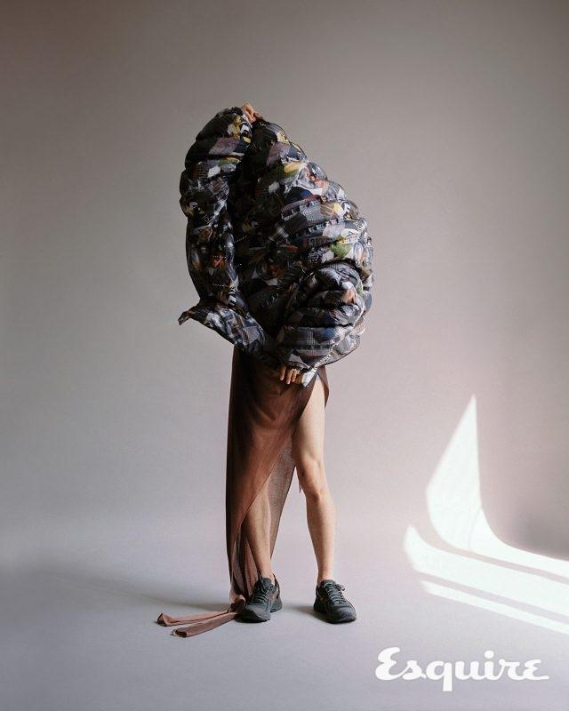 패딩 재킷 299만원 펜디. 드레스 가격 미정 윈도우00. 운동화 가격 미정 아식스 × 키코 코스타디노브.
