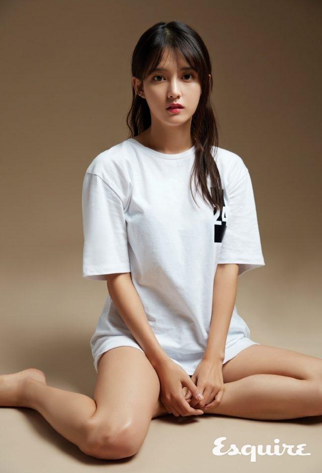 티셔츠 SJYP.