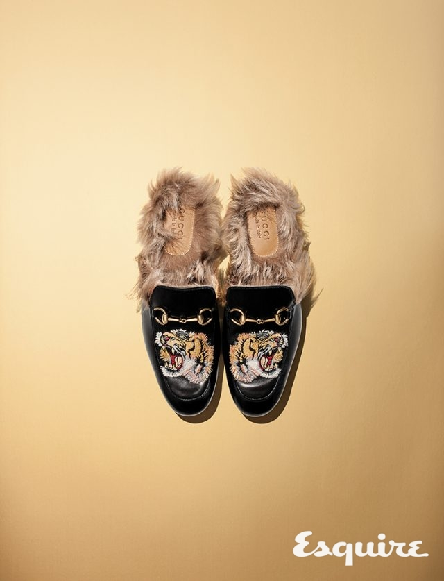 09. GUCCIPrincetown Slipper with Tiger