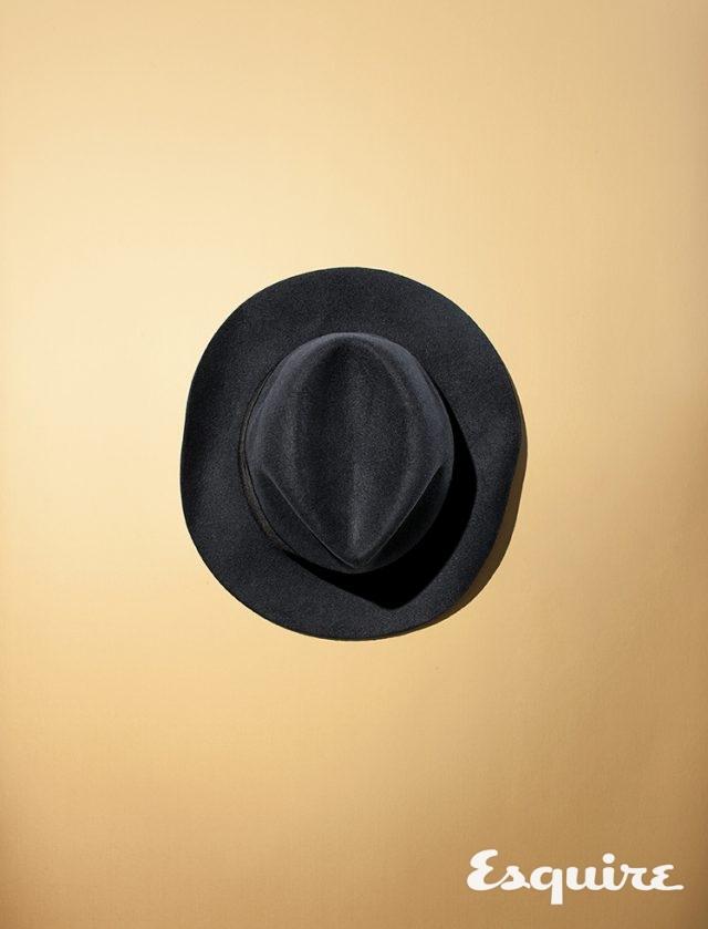 04. BOTTEGA VENETAFedora Hat