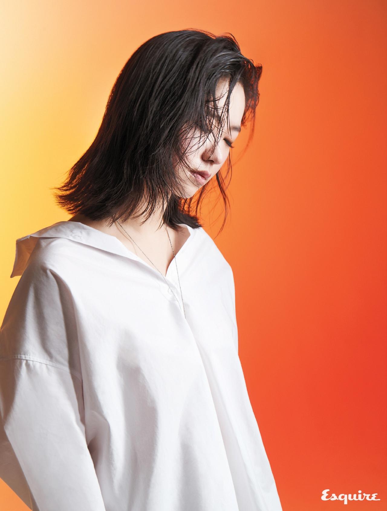 전여빈, 2017'S RAISING STAR - 에스콰이어 Esquire Korea 2017년 2월호