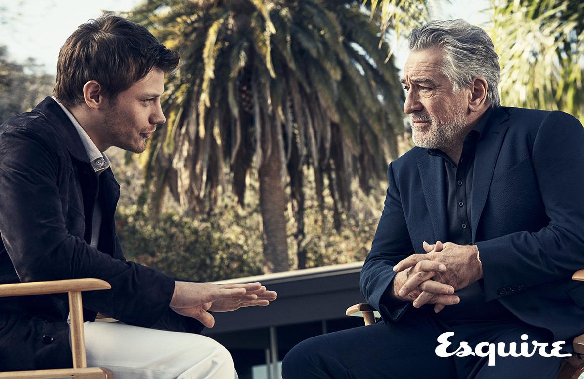 배우 로버트 드 니로와 맥카울 롬바르디가 에르메네질도 제냐 뷰파인더 앞에서 긴밀하고 깊은 이야기를 나눈다. 그 이야기의 시작은 바로 삶의 매 순간에서 마주하는 '결정적 순간'에 대한 진솔한 대화들이다.