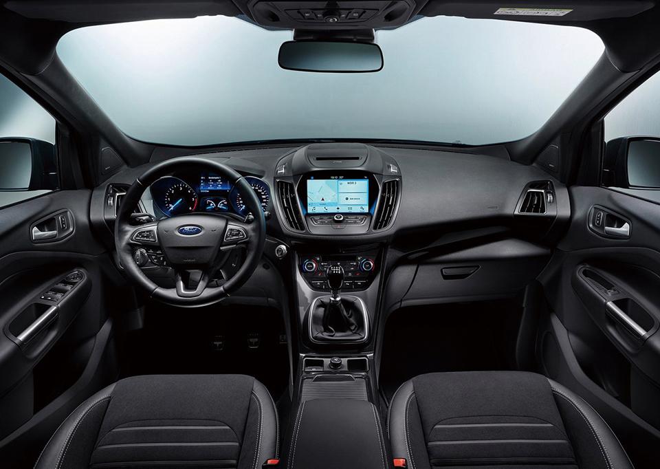 포드의 뉴 쿠가는 기본의 쿠가에 결여됐던 매력을 새롭게 입힌 SUV다.