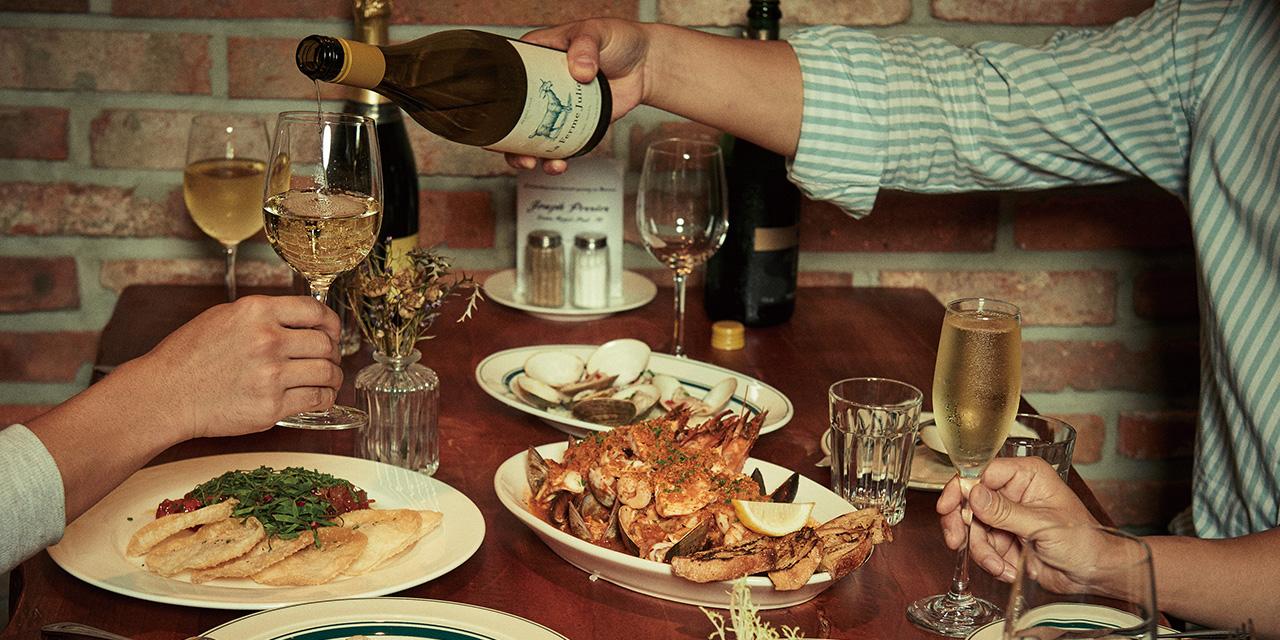 버블앤코클스는 해산물을 좋아하는 요즘 사람들의 성향과 마음을 제대로 캐치했다.