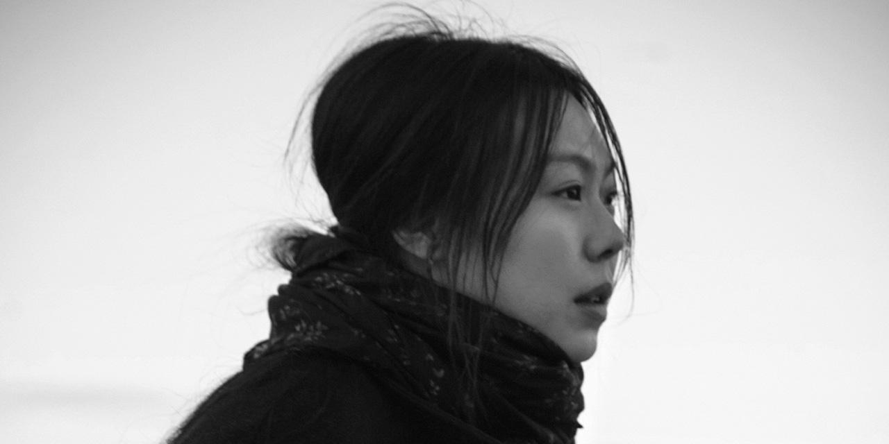 김민희와 홍상수의 영화적 동거는 세간의 비난을 통해 보다 견고해졌다.