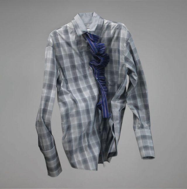 여밈 부분에 러플 장식이 있는 체크 셔츠 가격 미정 우영미.