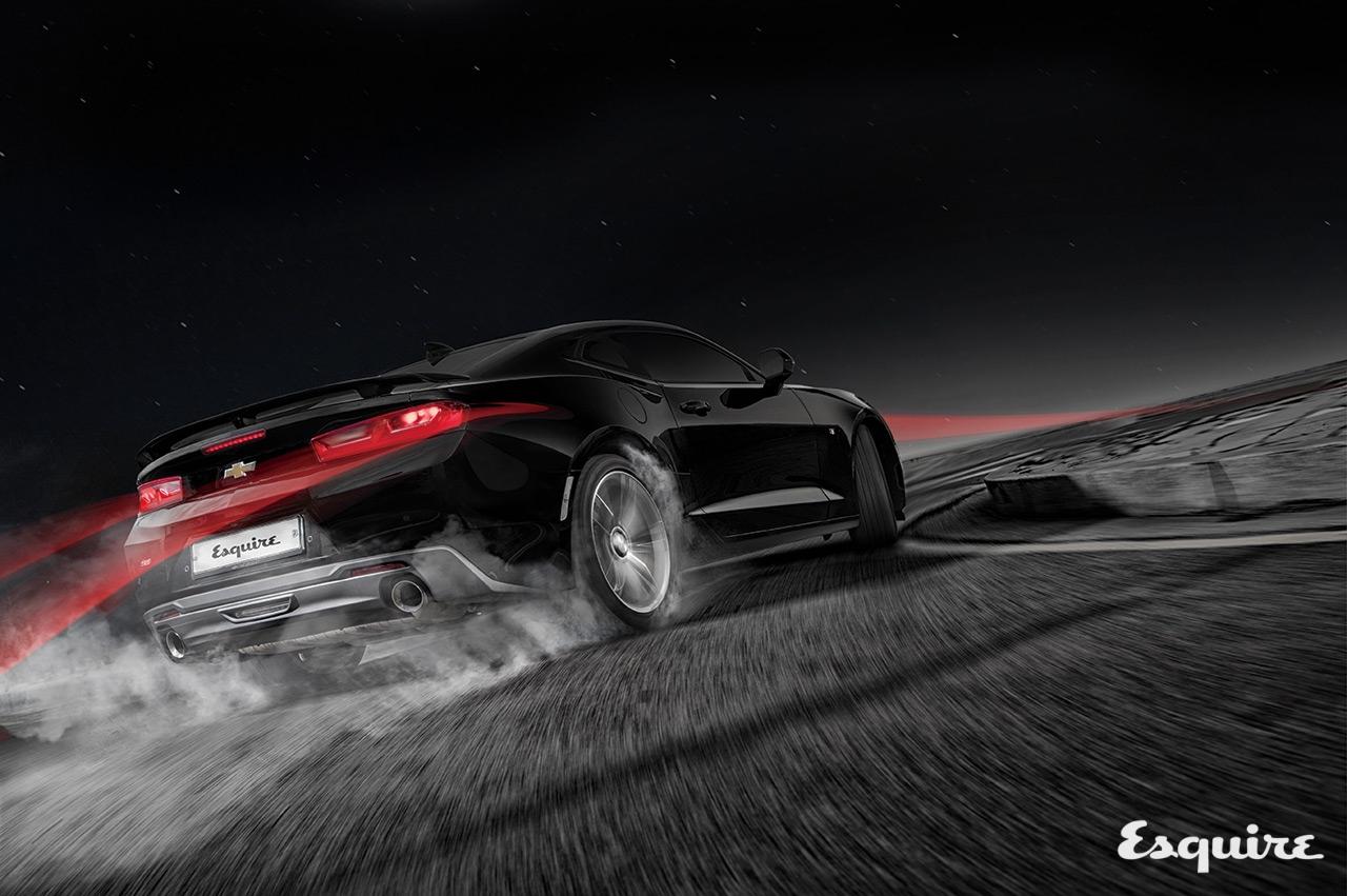 엔진 6162cc V8, 최고 출력 453마력, 최대 토크 62.9kg·m, 0→시속100km 가속4.1초, 최고 속도 비공개, 기본 가격5098만원
