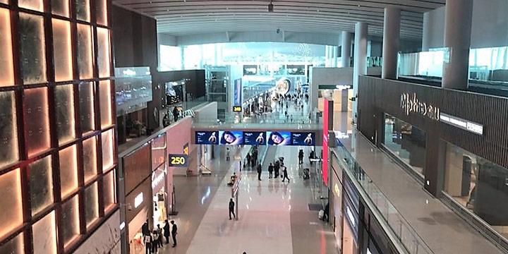 비행기 티켓이 없이 인천공항 제2여객터미널에서 제대로 노는 방법.