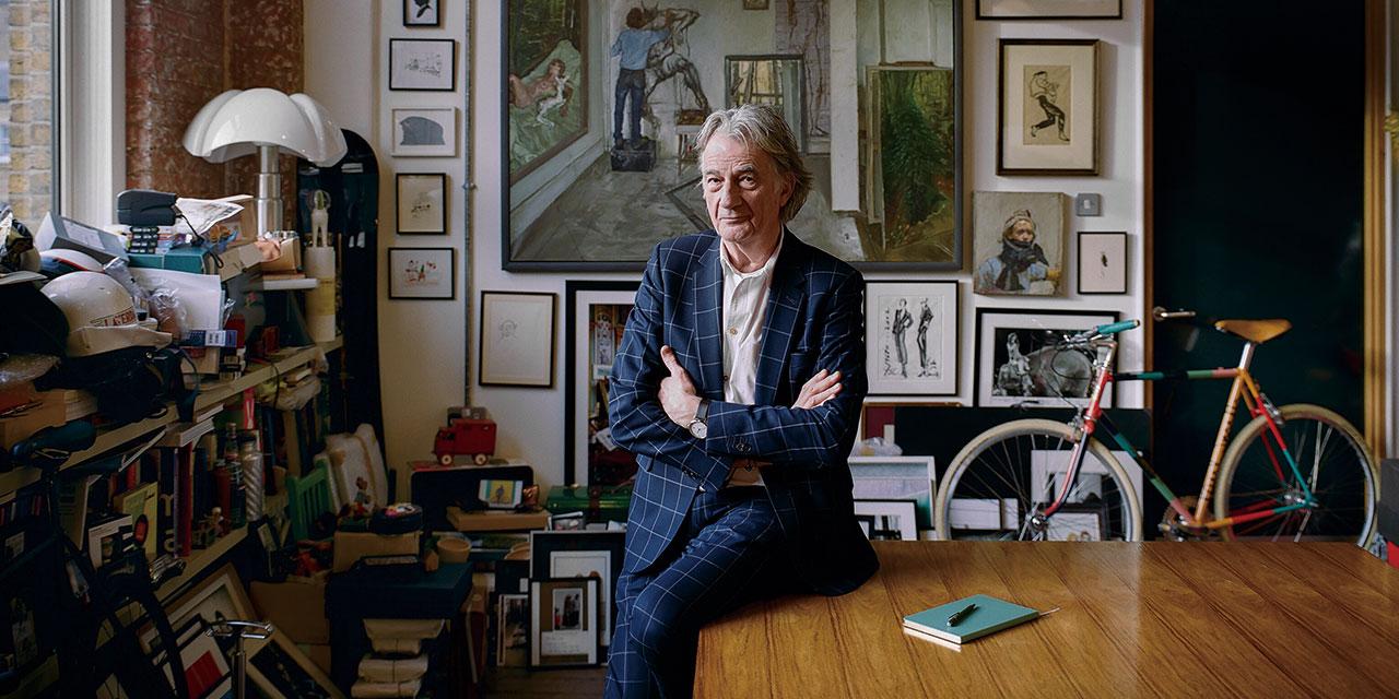 폴 스미스 경, 런던 코벤트 가든의 사무실에서.