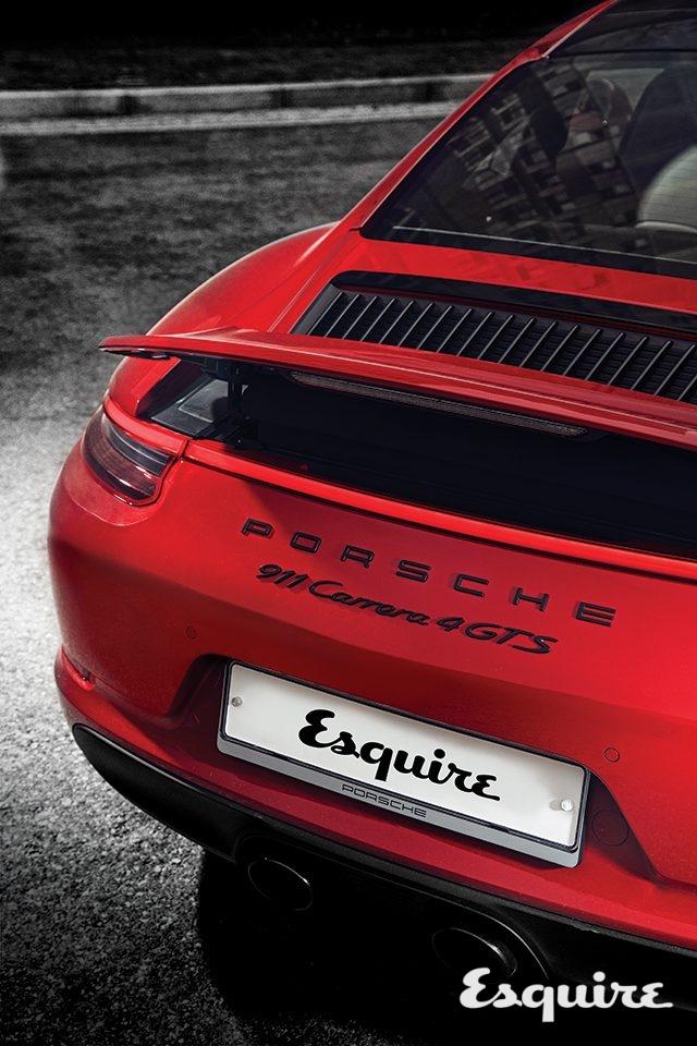 porsche 911 carerra 4 gts엔진2981cc, 수평대향 6기통 트윈 터보 | 최고 출력450마력 | 최대 토크56.1kg·m | 변속기자동 7단, PDK | 구동 방식AWD | 공인 연비8.8km/L | 크기4525×1850×1300mm | 기본 가격1억8150만원(쿠페)