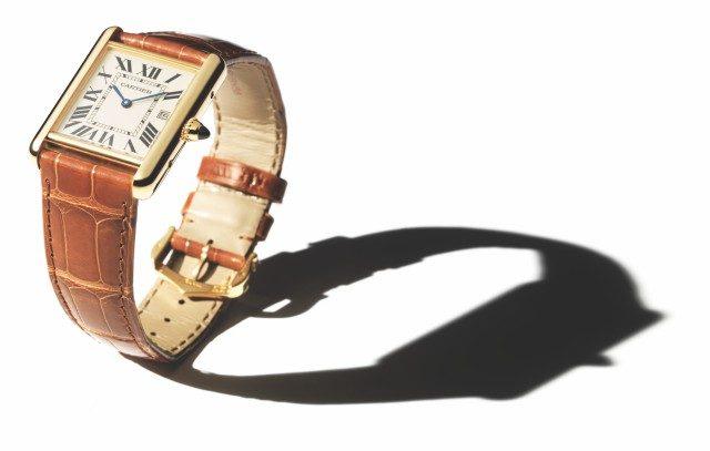 시계를 둘러싼 이야기를 잘 가꾸어온 덕분에 탱크는 100년이 넘도록 상징적인 시계가 될 수 있었다. 근본적으로 시계를 잘 만들었기 때문이다. 탱크처럼 질리지 않는 시계를 떠올리기도 쉽지 않다.