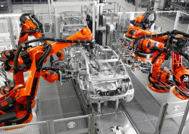 컴퓨터 기술의 발전이 자동차의 아름다움의 기준을 바꿔놨다.