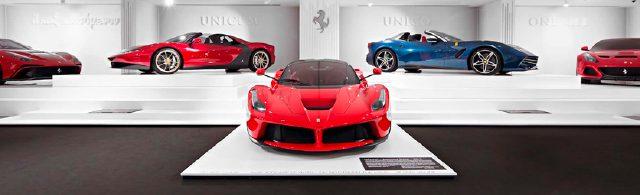역사적으로는 고성능 자동차와 시계 회사의 협업이 많았다.