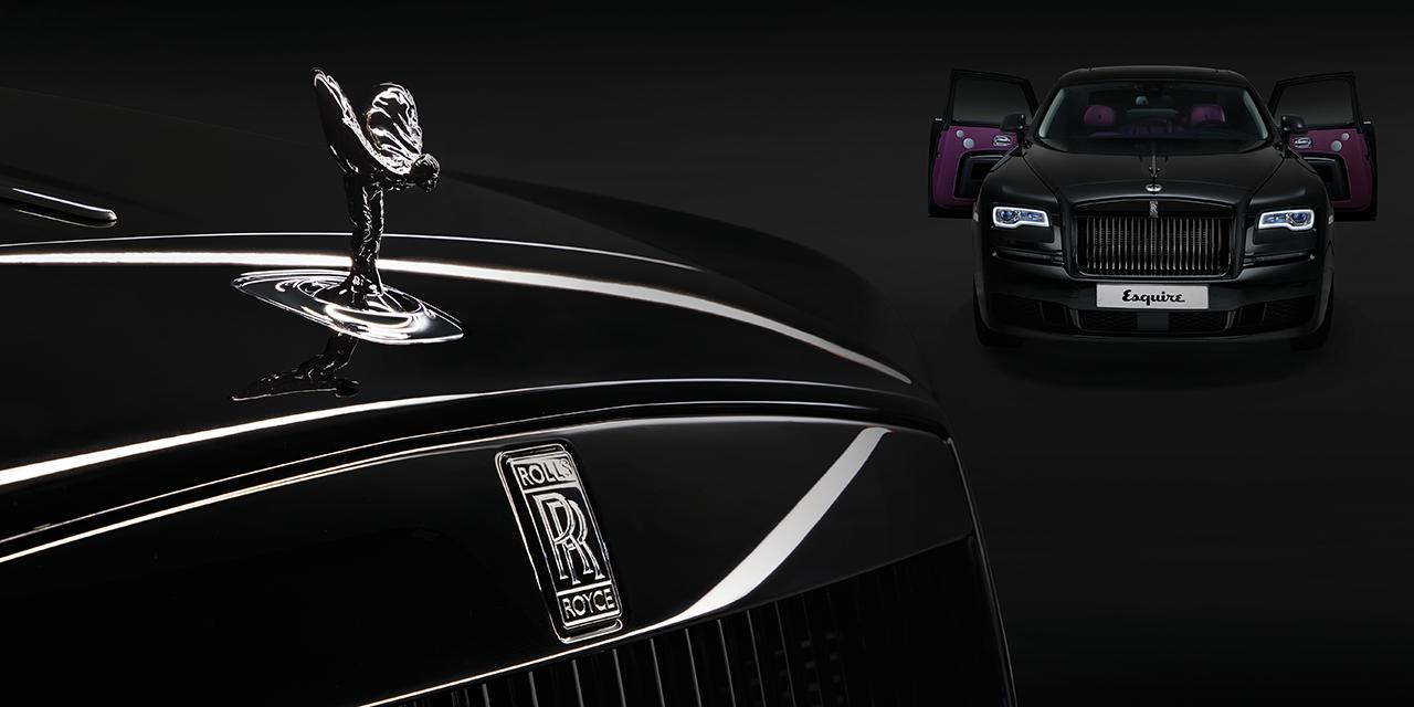 블랙 포인트로 이미지를 강렬하게 바꾼 차들.