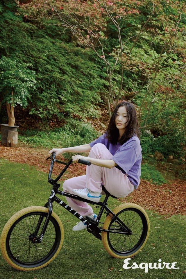 티셔츠 온리뉴욕. 바지 카브엠트.운동화 나이키SB. BMX 게이트웨이 주니어 자전거 CULT by 신스.