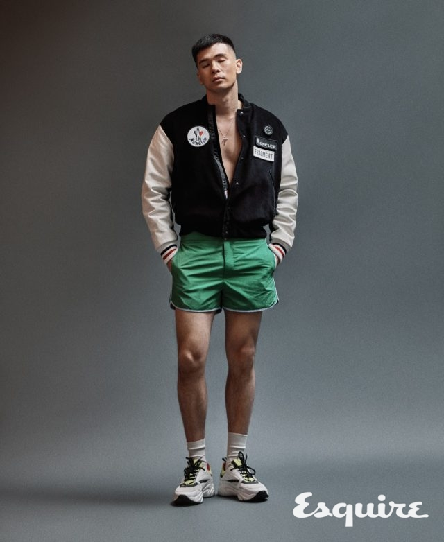 바시티 재킷 가격 미정 몽클레르X프래그먼트 히로시 후지와라. 초록색 수영복 가격 미정 에르메스. 운동화 가격 미정 디올 옴므. 목걸이 가격 미정 트렌카디즘.