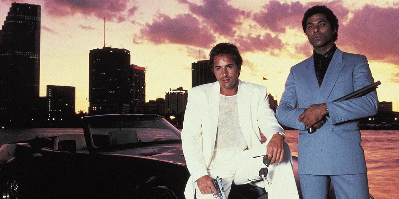 폴 뉴먼과 스티브 매퀸과 브래드 피트와 제임스 딘. 끝내주게 멋진 남자들에게 배우는 우아하게 여름을 보내는 법.