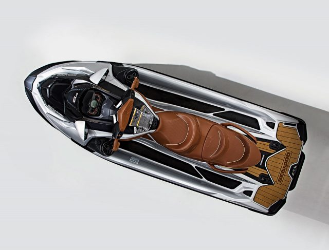 엔진 1630cc 3기통 슈퍼차저 |최고 출력 300마력 |드라이브 전진, 후진 |주행 모드 에코, 투어링, 스포트 |가격 2500만원