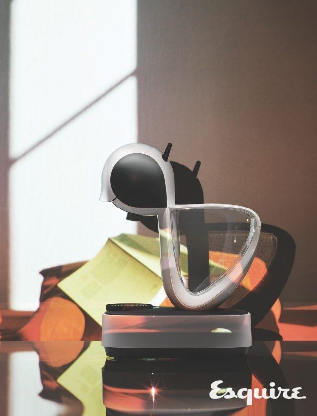 사이즈 1.2L 메뉴 최소 50ml 에스프레소, 최대 300ml 커피 / 가격 11만9000원