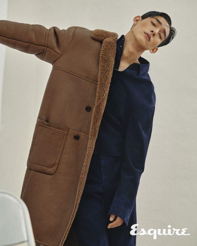 시어링 코트, 레더 오버 셔츠, 바지 모두 가격 미정 벨루티.