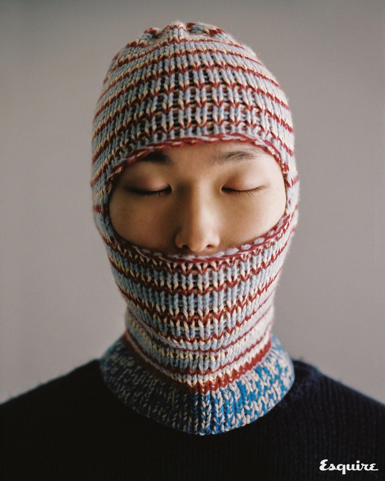 겨울이 오면 손이 가는, 감싸듯 입는 이런 옷.