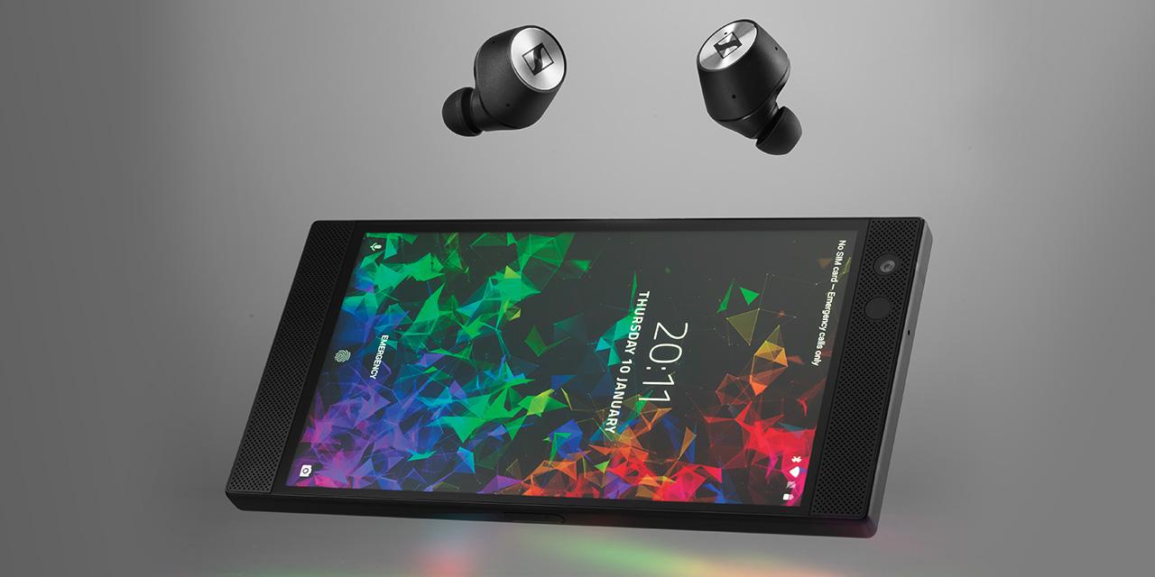 게이밍을 위한 레이저폰2의 생생한 사운드를 살려줄 젠하이저의 와이어리스 이어폰.