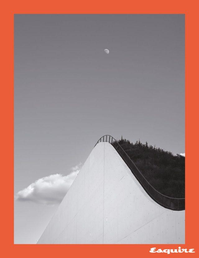 'Innercity Noir; 도심 누아르' 시리즈. 불로뉴의 콘서트홀 라 세느 뮤지컬.